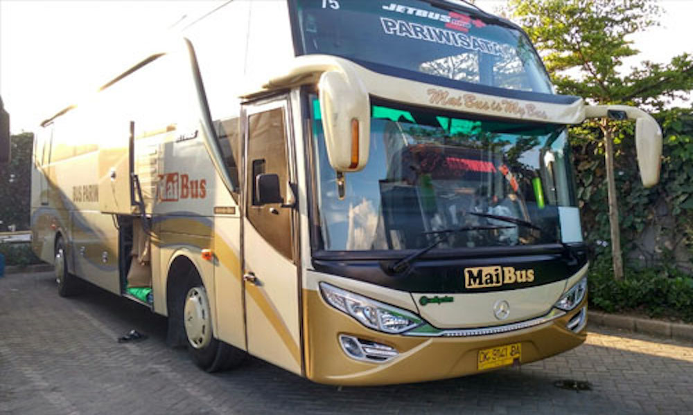 Sewa Bus Pariwisata Bali